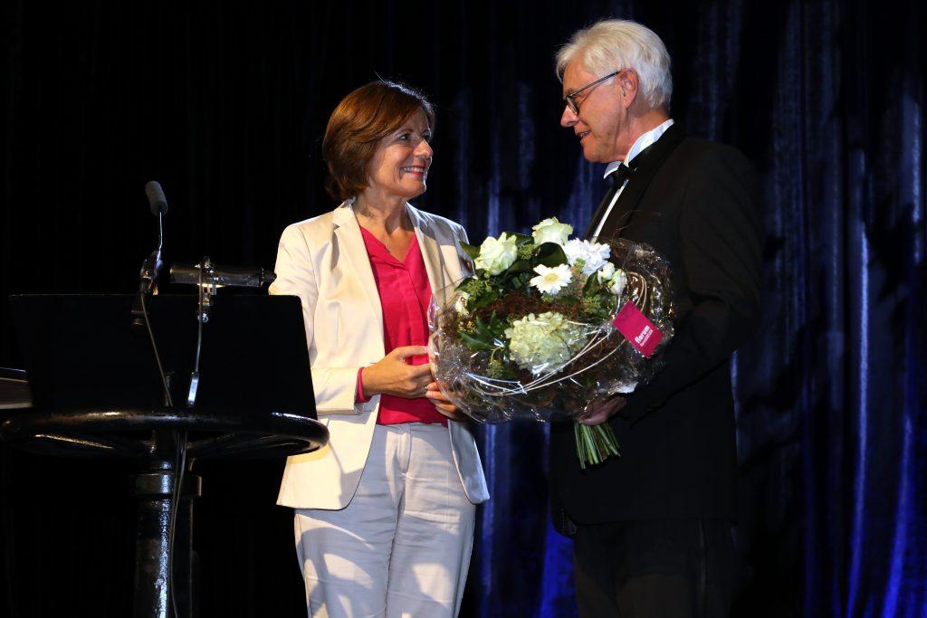 Ministerpräsidentin Malu Dreyer würdigt in einem Grußwort der Landesregierung das Engagement Zühlkes.